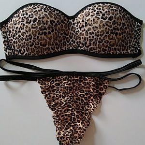 PINK Victoria's Secret Intimates & Sleepwear - VS PINK Strapless Bra and Panty Set Size S Leopard